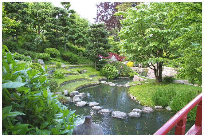 http://japonpassion.files.wordpress.com/2011/02/jardin-zen-japon.jpg